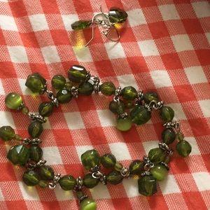 Jewelry - Peridot bracelet and earrings